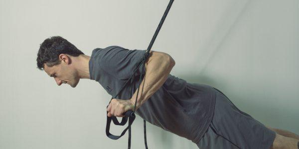 Schlingentrainer Übungen Liegestütz
