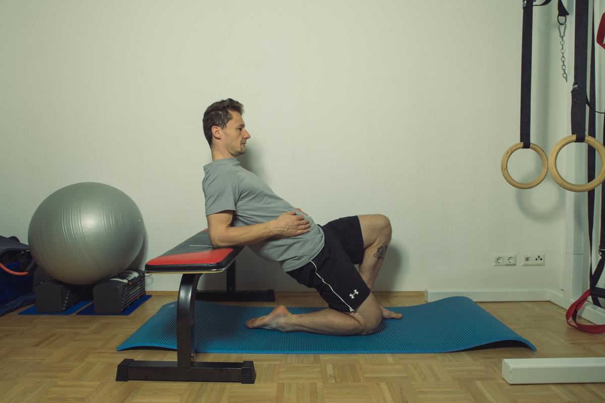 Dehnübung für die Muskulatur der vorderen Hüfte